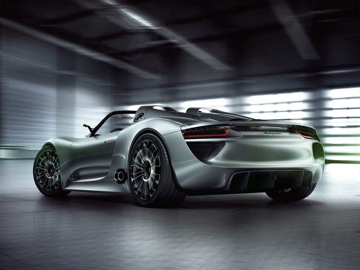 Porsche: The 500 hp V8/218 hp Electric Hybrid 918 Spyder Concept hits 100